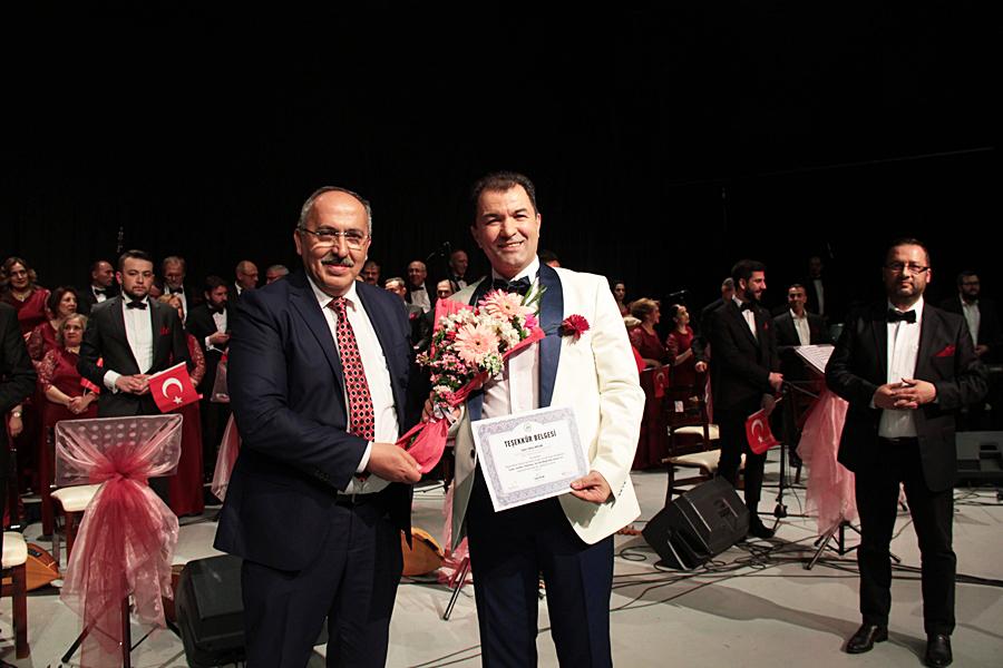 Photo of Bolu Belediyesi Köroğlu Türk Halk Müziği Topluluğundan Muhteşem Konser